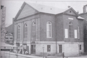 Salem's First Church - Photo